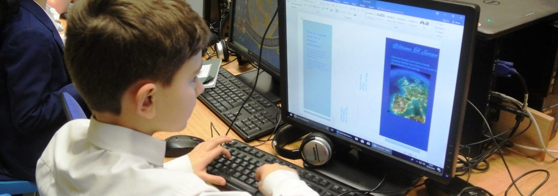Computing lessons at Normanhurst